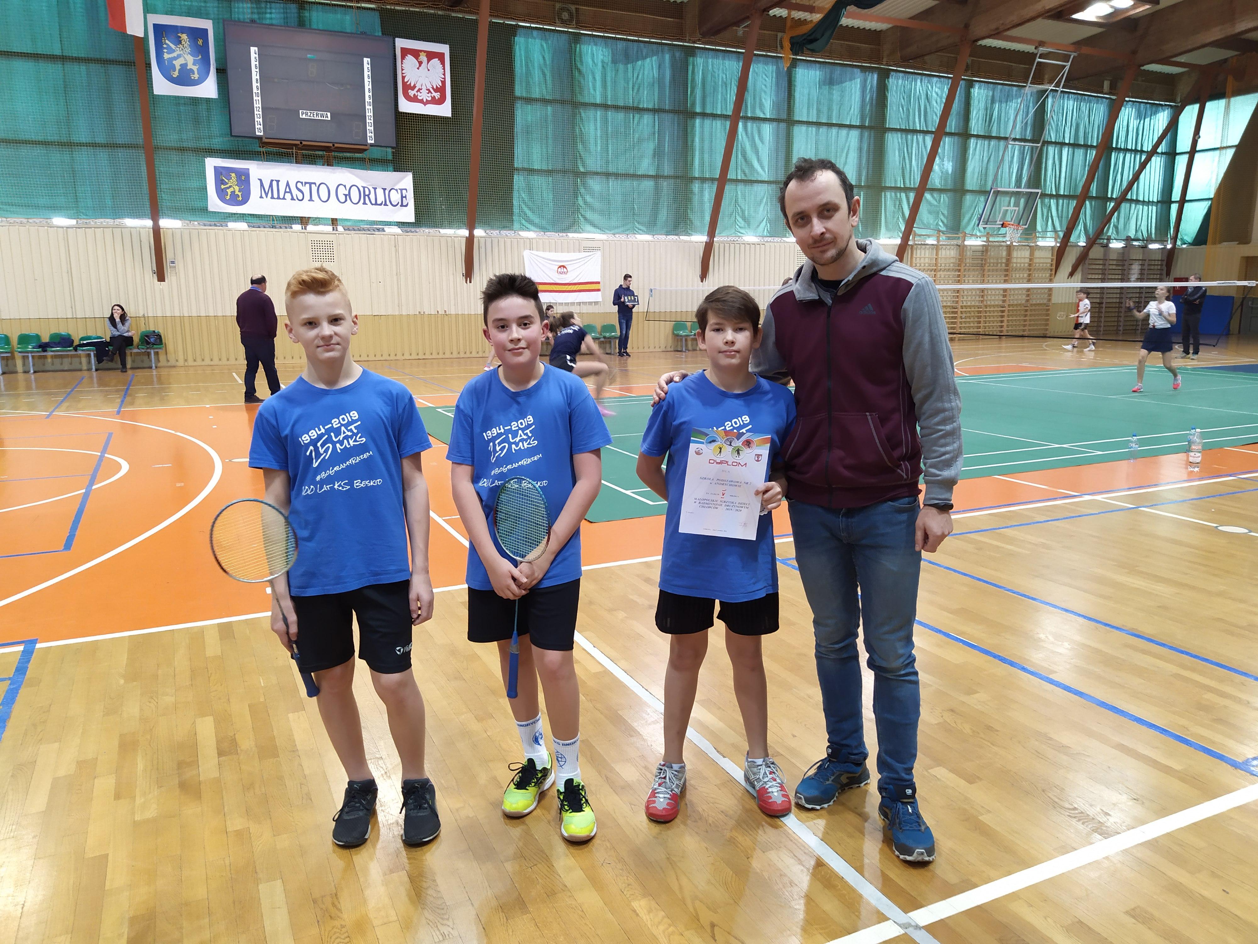 Uczniowie Dwójki z sukcesami Badmintonie
