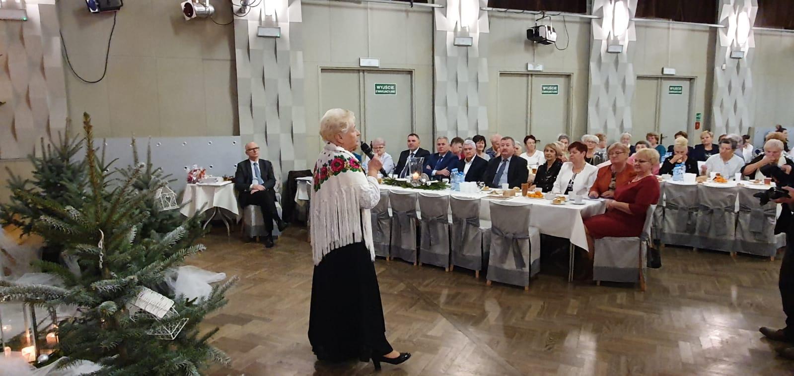 Przedświąteczne spotkanie seniorek z gminy Andrychów [FOTO]
