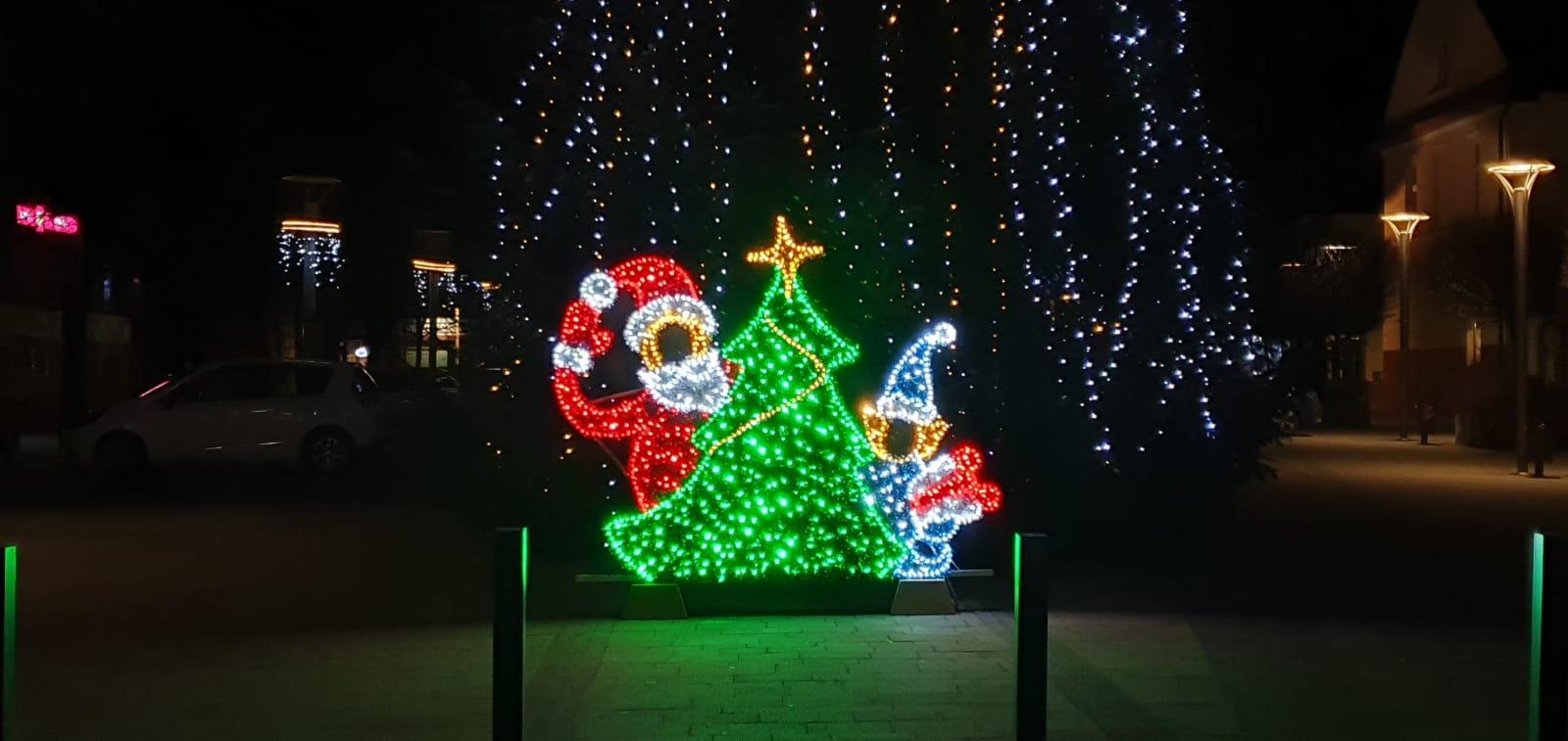 Nowość w iluminacji świątecznej w Andrychowie [FOTO]