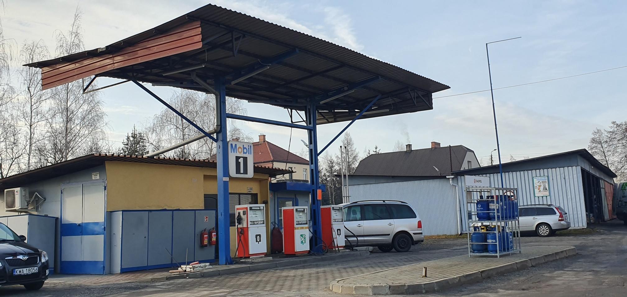 Za pół roku otwarcie kolejnej nowej (starej) stacji paliw w Andrychowie