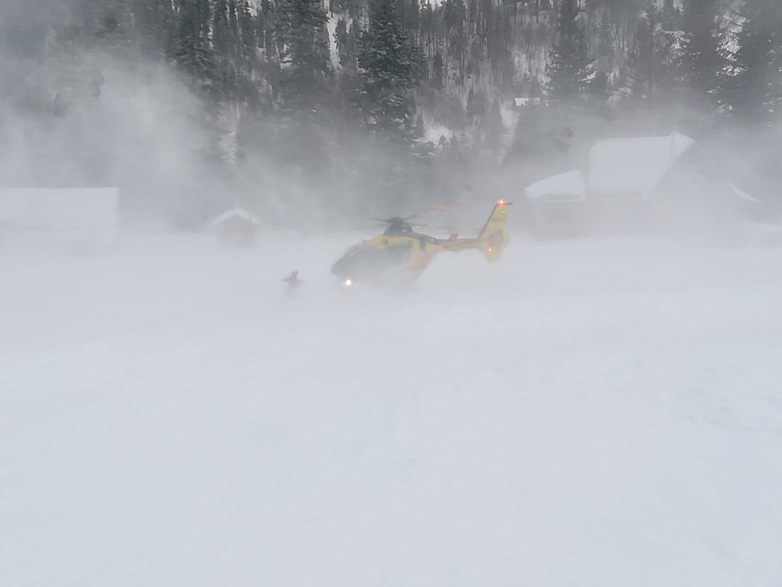Turyści utknęli na jednym ze szlaków w kierunku Babiej Góry [AKTUALIZACJA]