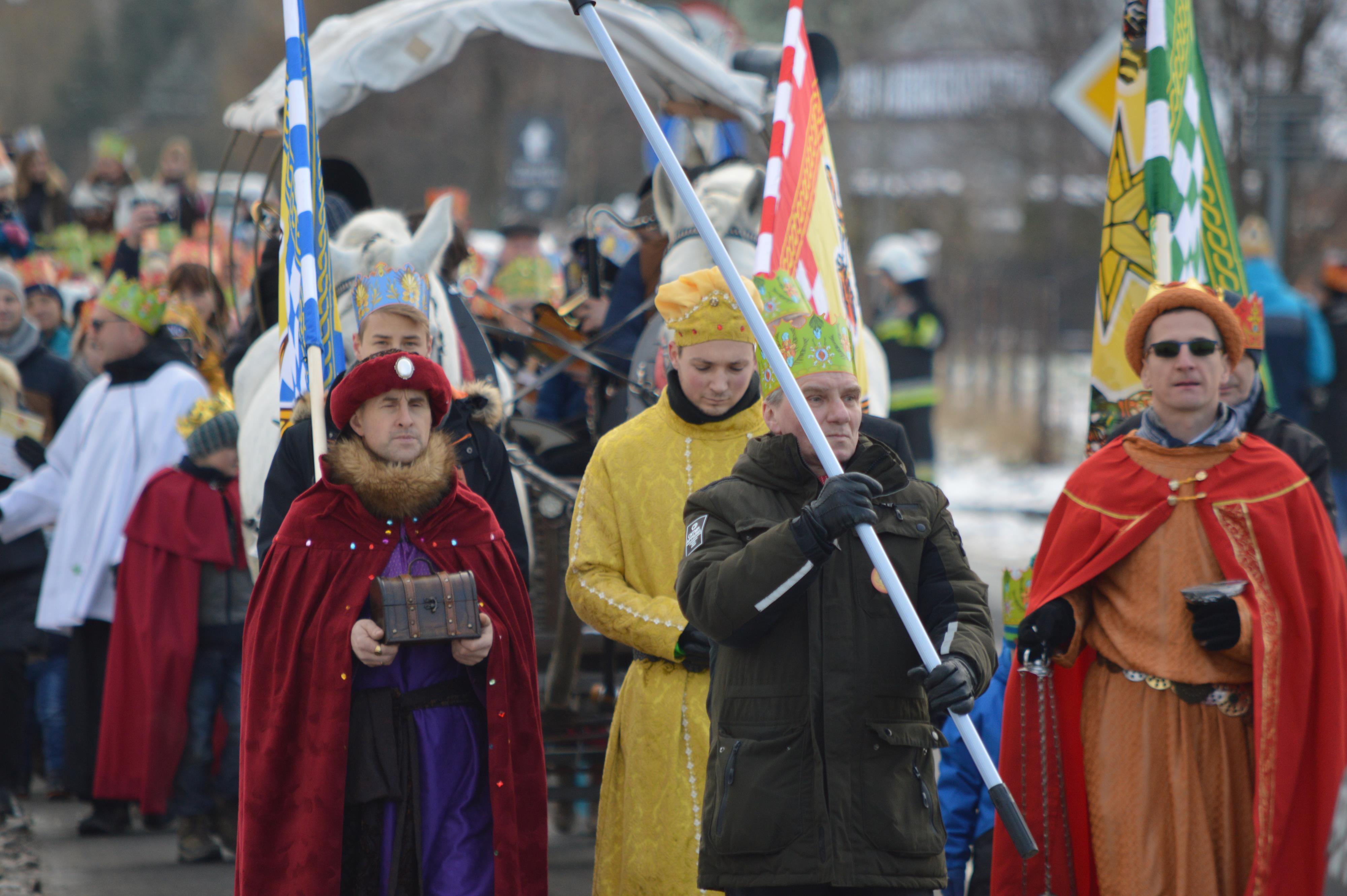 Orszak Trzech Króli w Targanicach [FOTO]