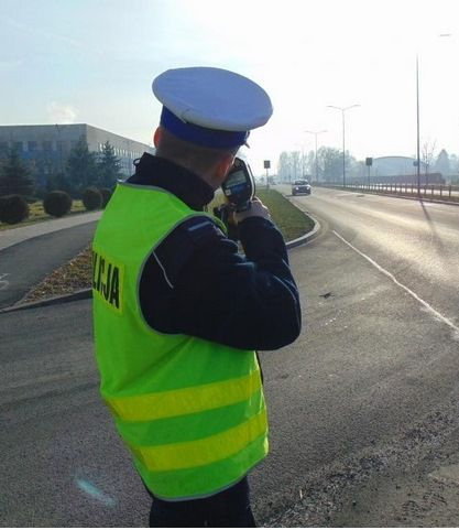 Kierowcy przesadzili z prędkością, stracili prawo jazdy