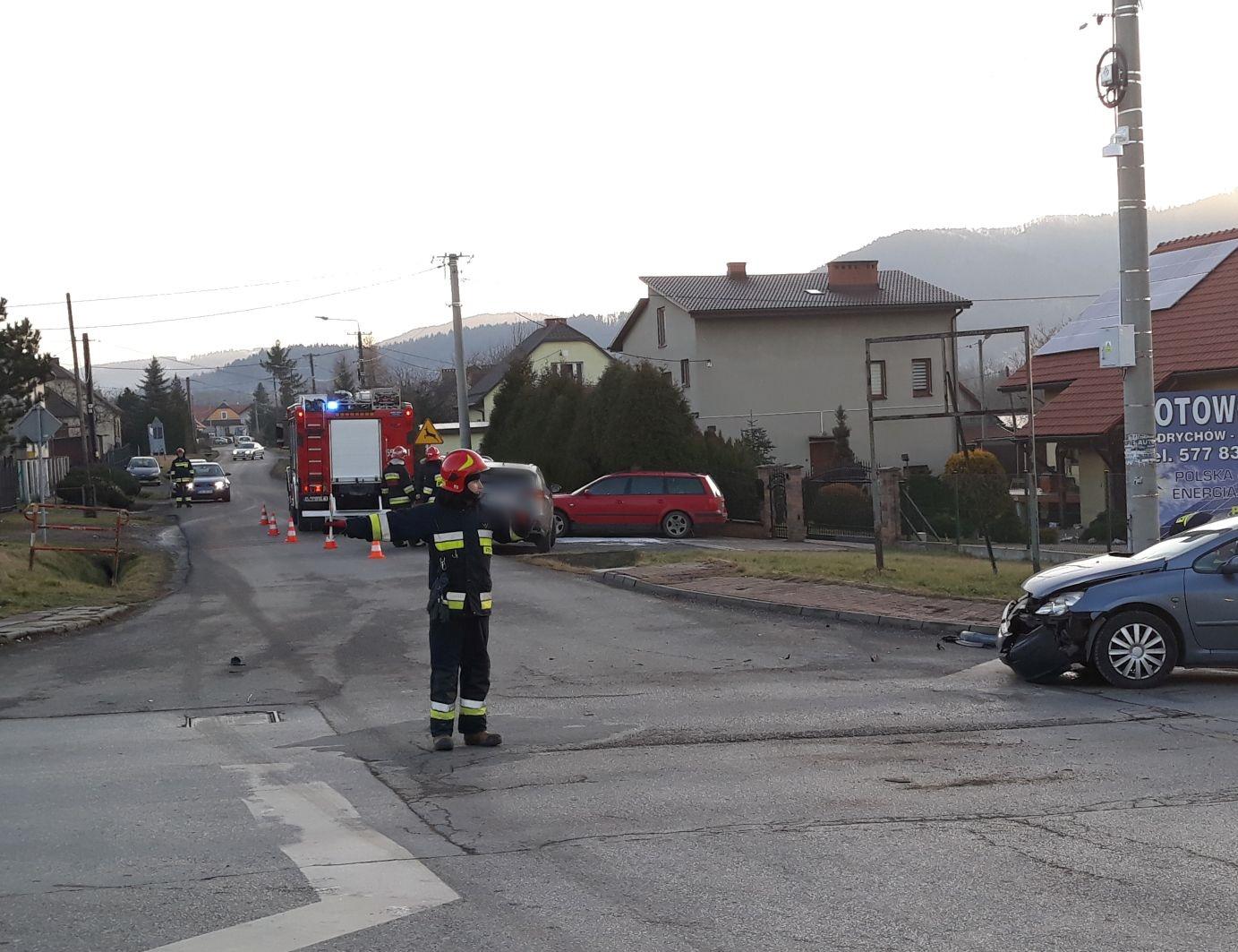 Kolejna kraksa na skrzyżowaniu Głowackiego ze Żwirki i Wigury