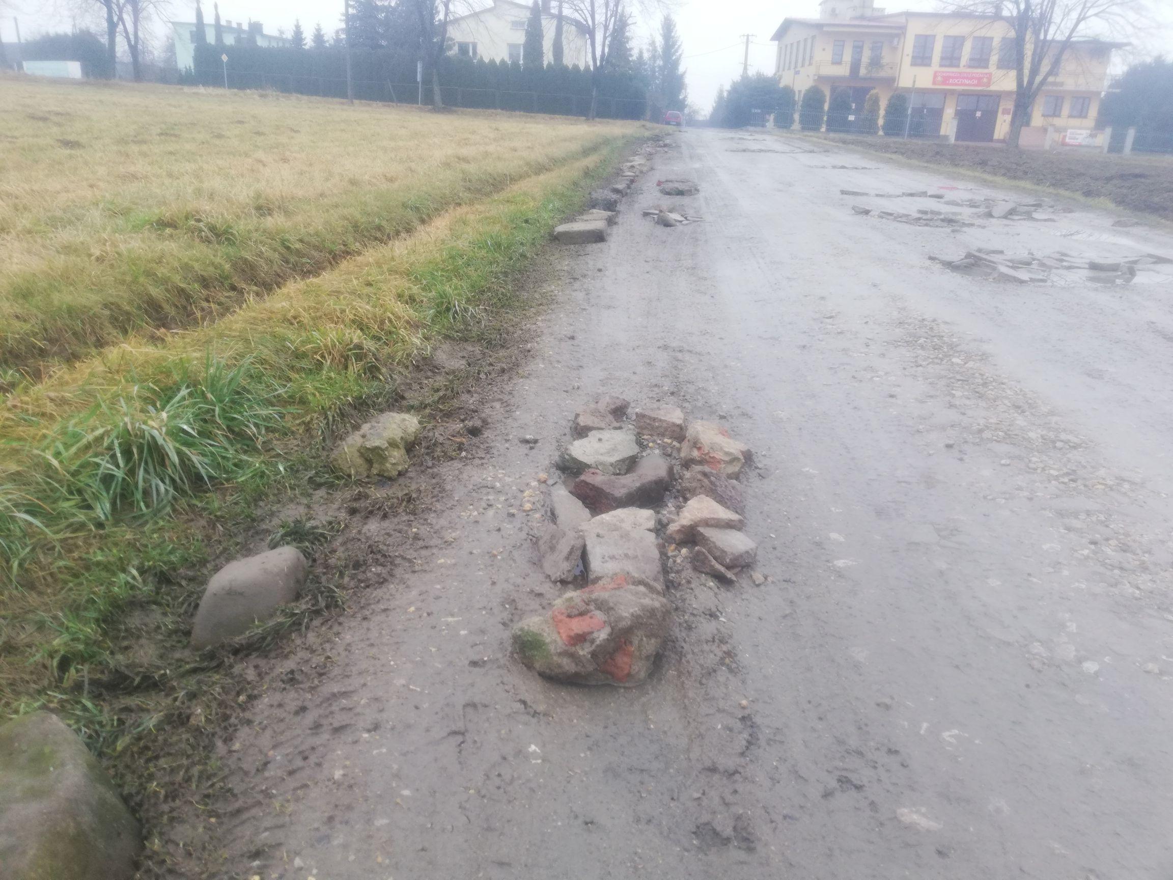 Z cyklu: najbardziej zrujnowane drogi