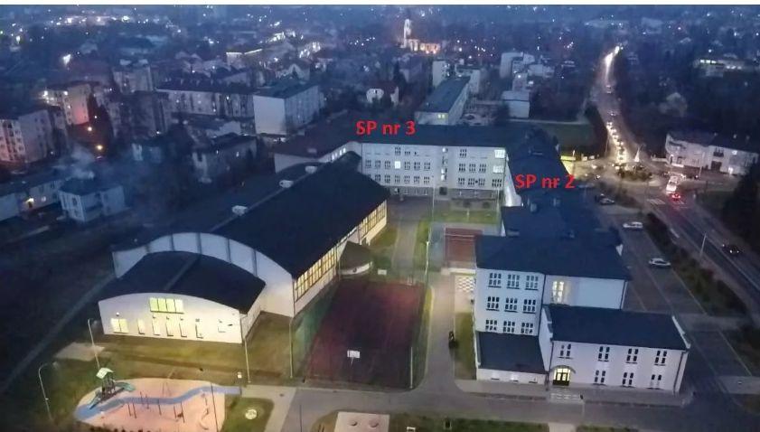 Konflikt po andrychowsku. O losie szkoły z Andrychowa zdecyduje kurator z Krakowa
