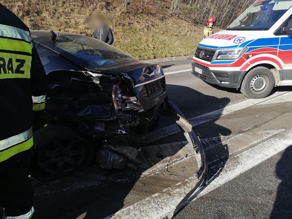 Poważny wypadek na trasie Wadowice - Sucha Beskidzka [AKTUALIZACJA]