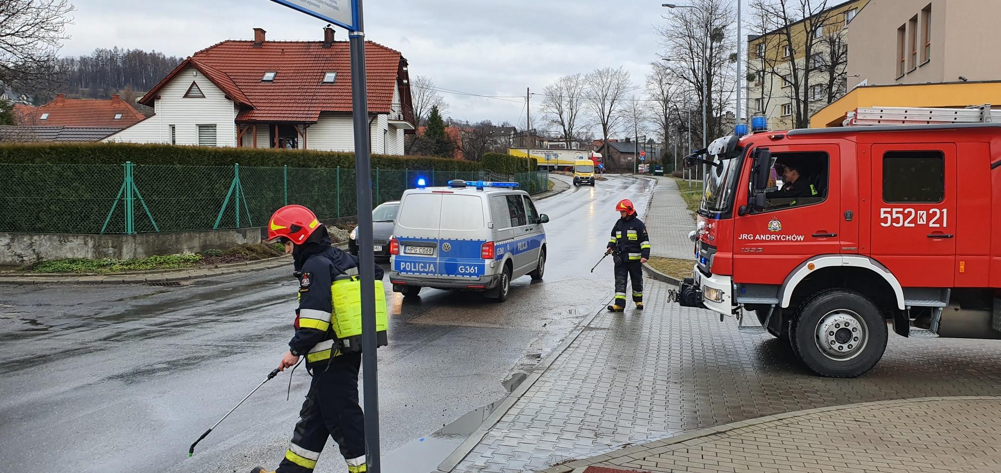 Interwencja strażaków w centrum Andrychowa