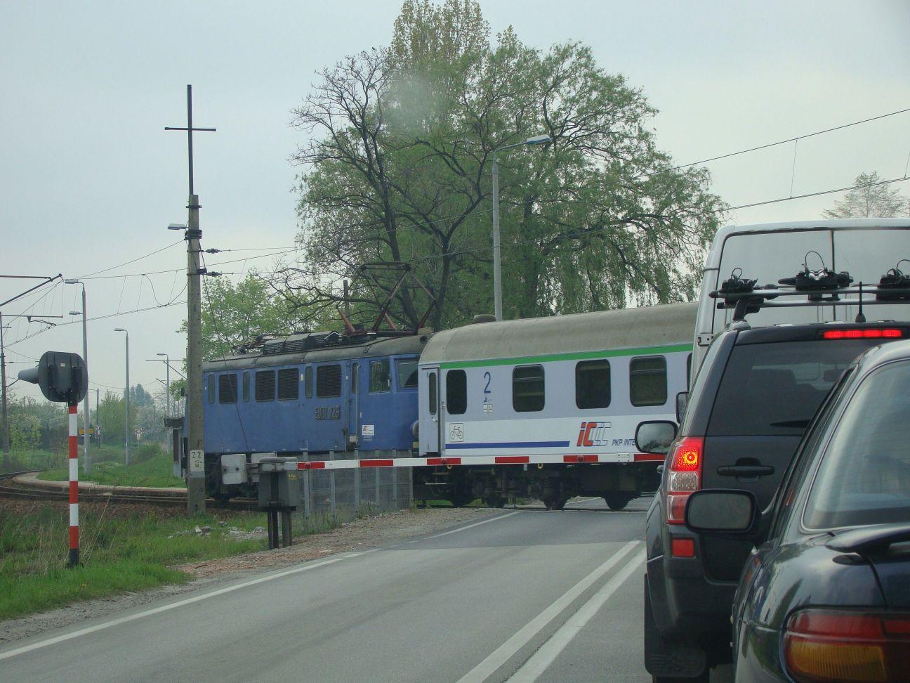 Oscypkiem dojedziemy do Warszawy i Zakopanego