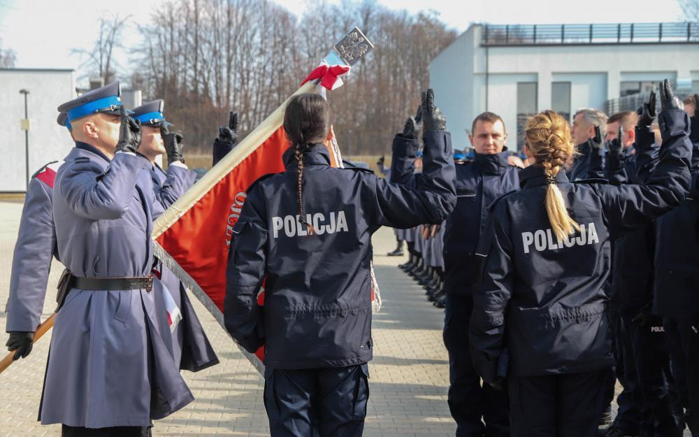 Nowi policjanci rozpoczęli służbę