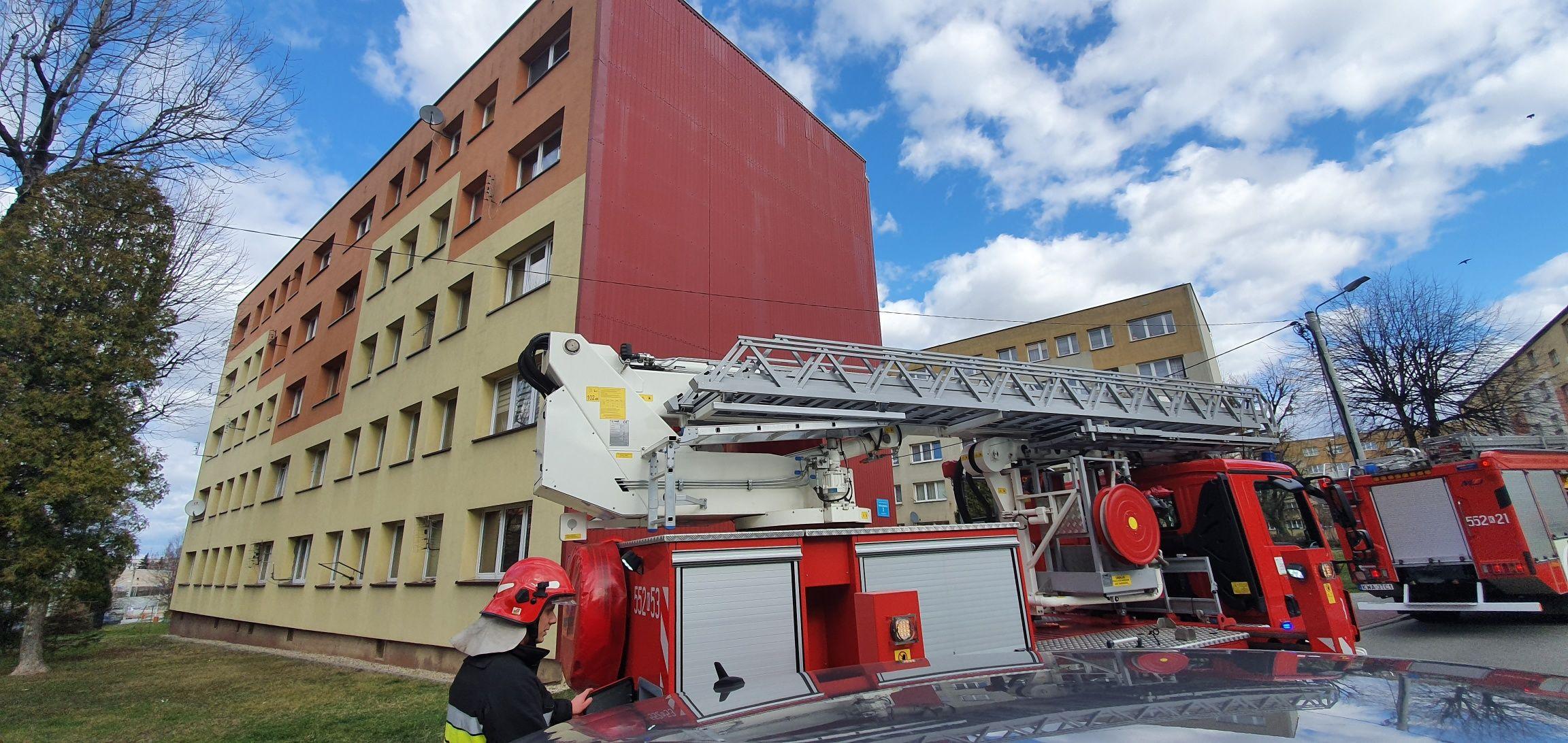 Znowu silny wiatr, strażacy interweniują