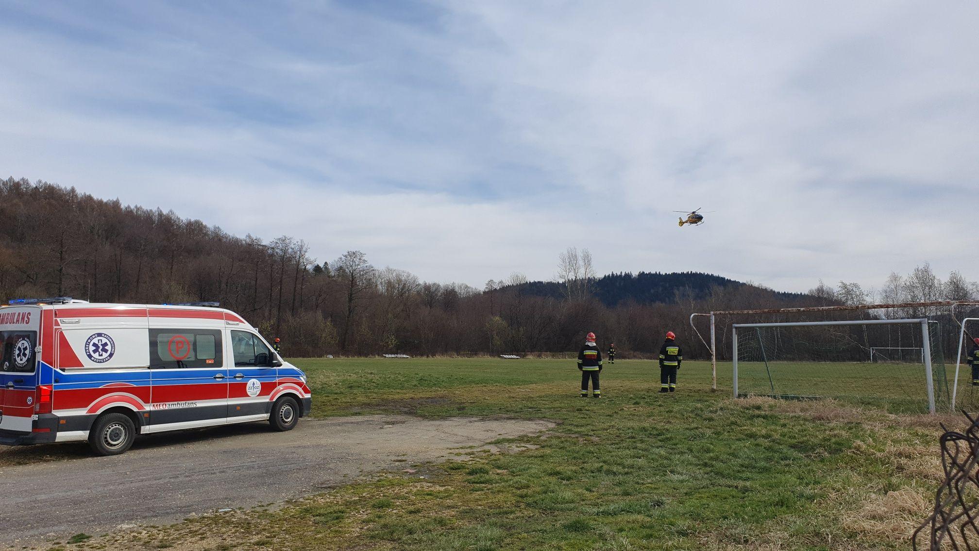 Lądowanie śmigłowca ratowniczego w Andrychowie