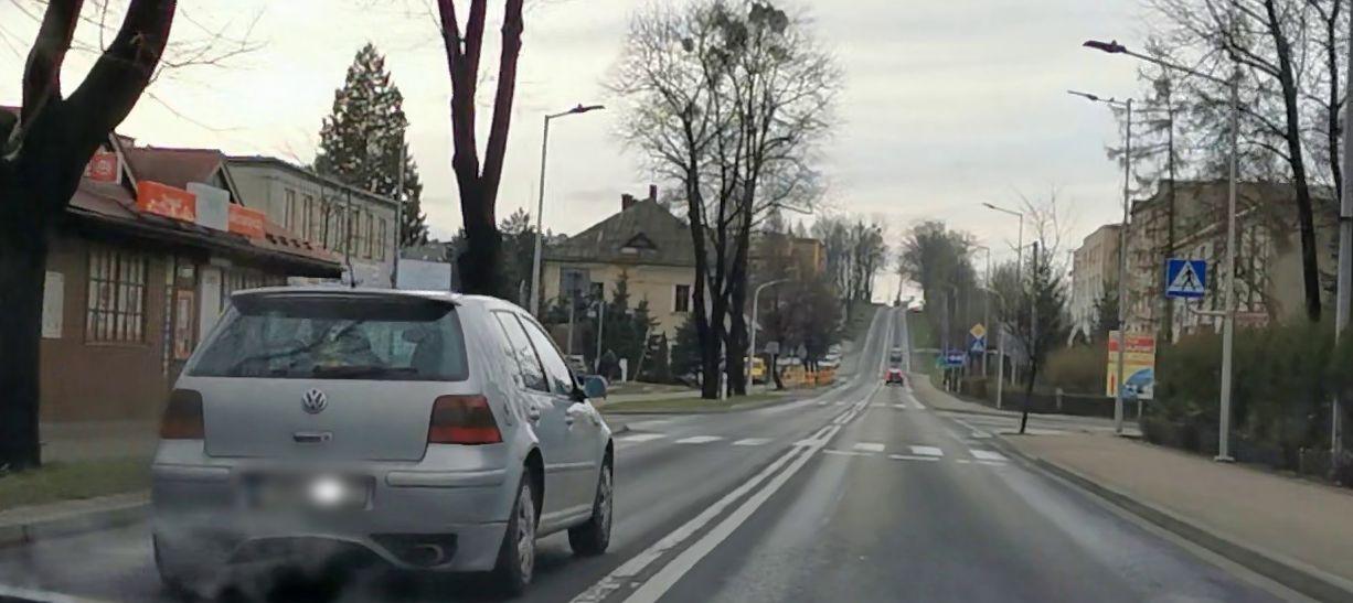 Ulice puste. Niektórzy kierowcy szaleją [FOTO]