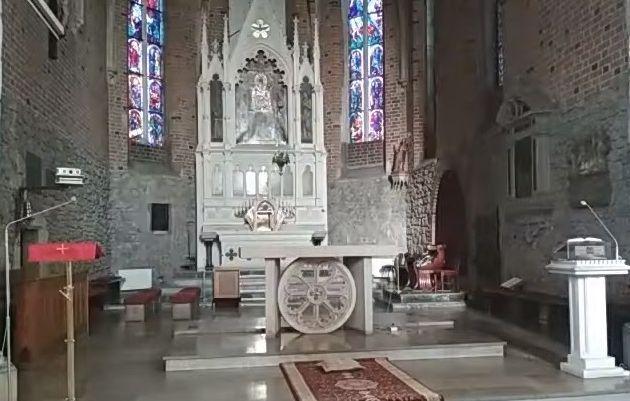 Rekord mszy jednego dnia w niewielkiej parafii nie zostanie ustanowiony