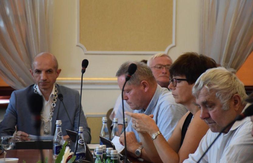 Przewodniczący Rady Miejskiej w Andrychowie chce ścigać internautę [AKTUALIZACJA]