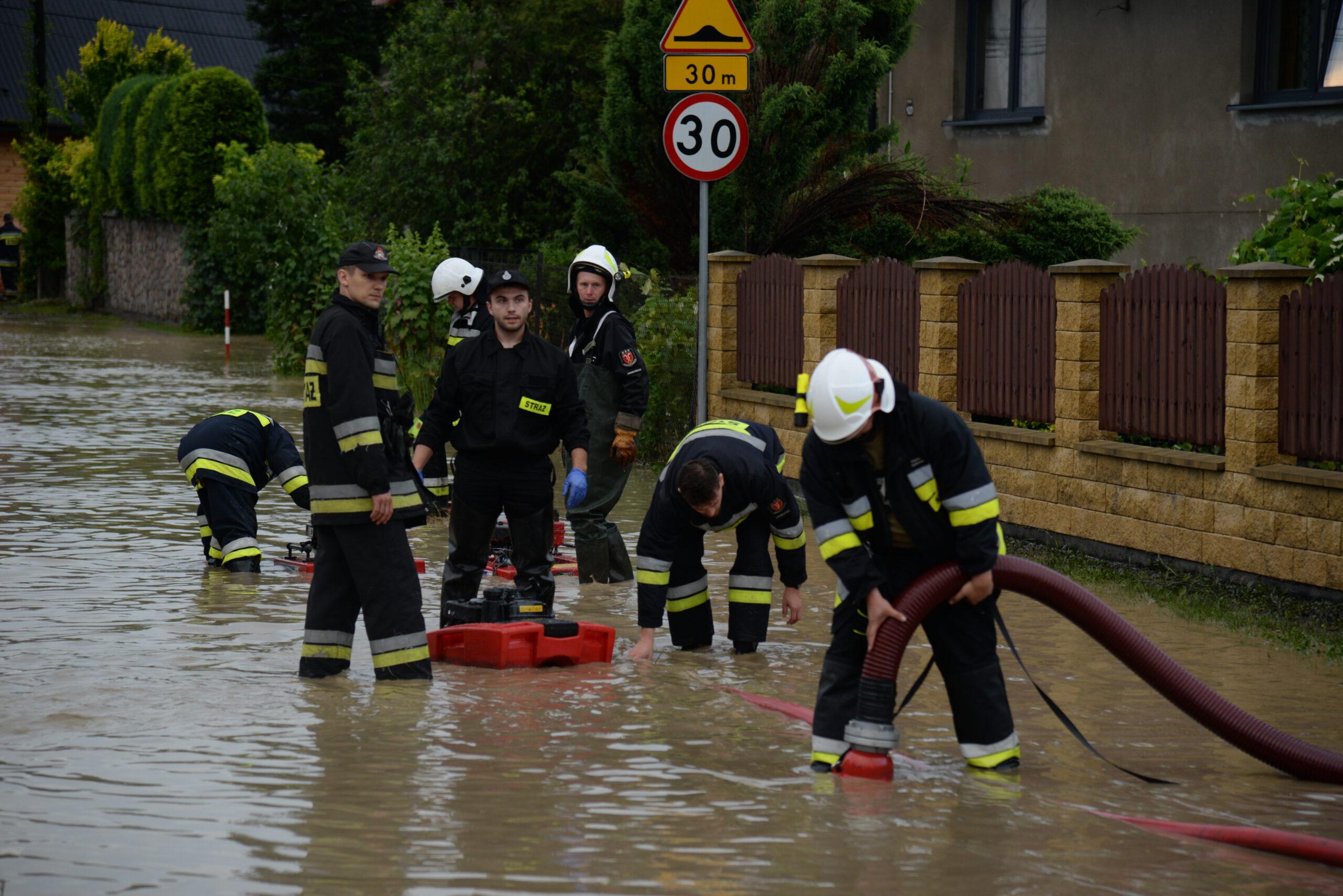 Bilans ulewy: ponad 100 zalanych domów