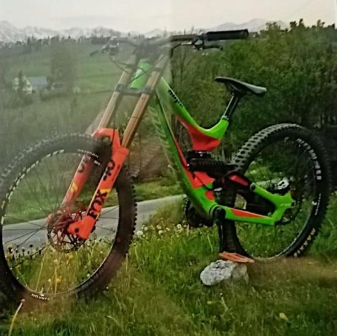 Na zawodach rowerowych skradziono rower o wartości 12 tys. zł