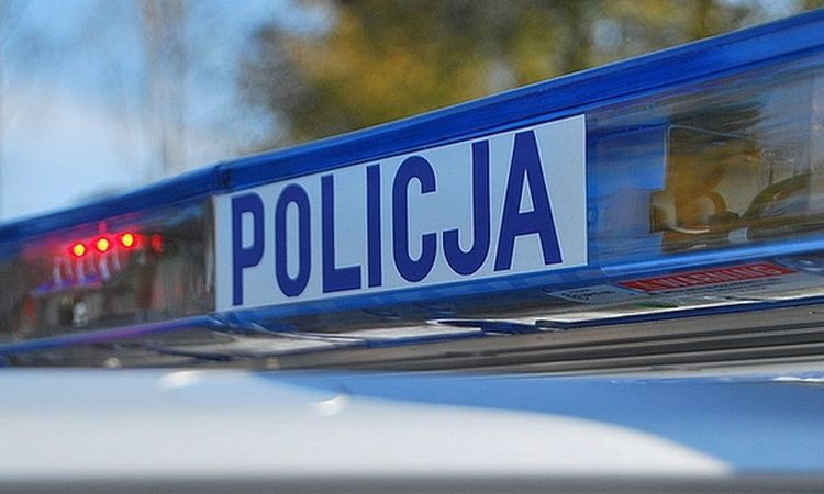 Policja ostrzega: seniorze uważaj. Oszuści znów próbują wyłudzić pieniądze