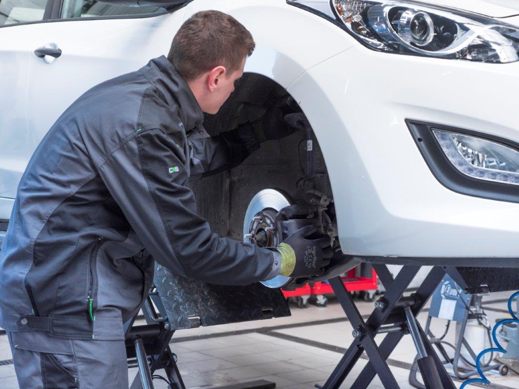 AUTO-SERWIS SM LOGISTIC zaprasza do skorzystania ze swoich usług