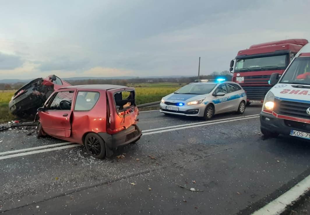 Dwie osoby poszkodowane w porannym wypadku [FOTO]