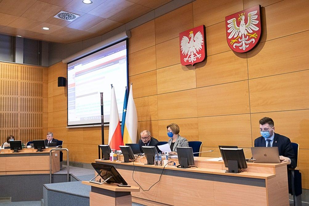 Miliardowy budżet Małopolski. Co z niego dla regionu?