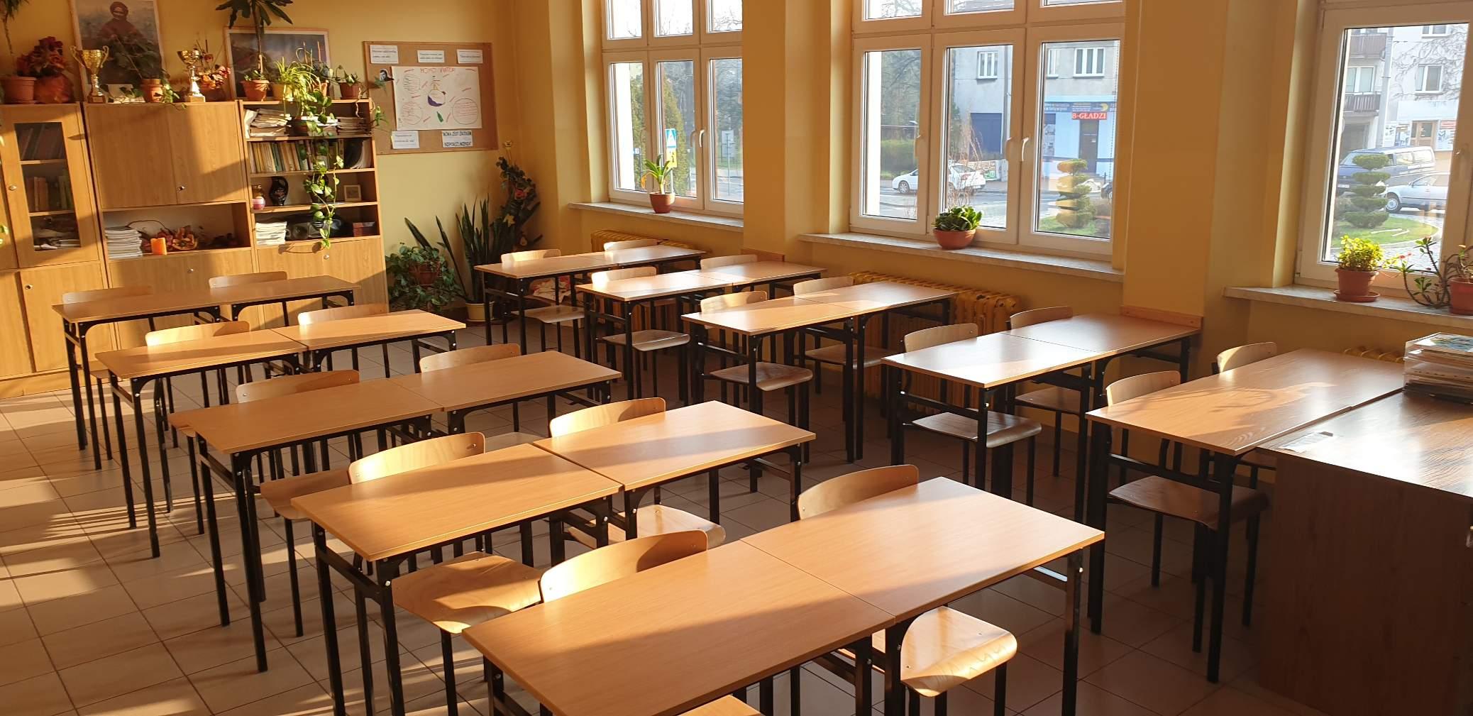 Jest decyzja: po feriach najmłodsi uczniowie wracają do szkół
