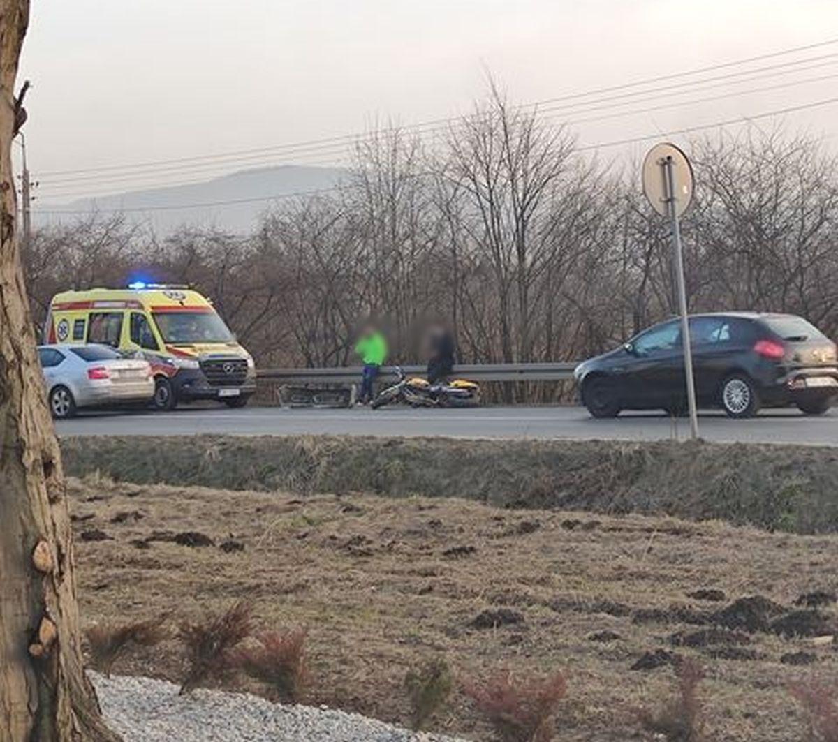 Zderzenie samochodu z motocyklem na Górnicy w Andrychowie