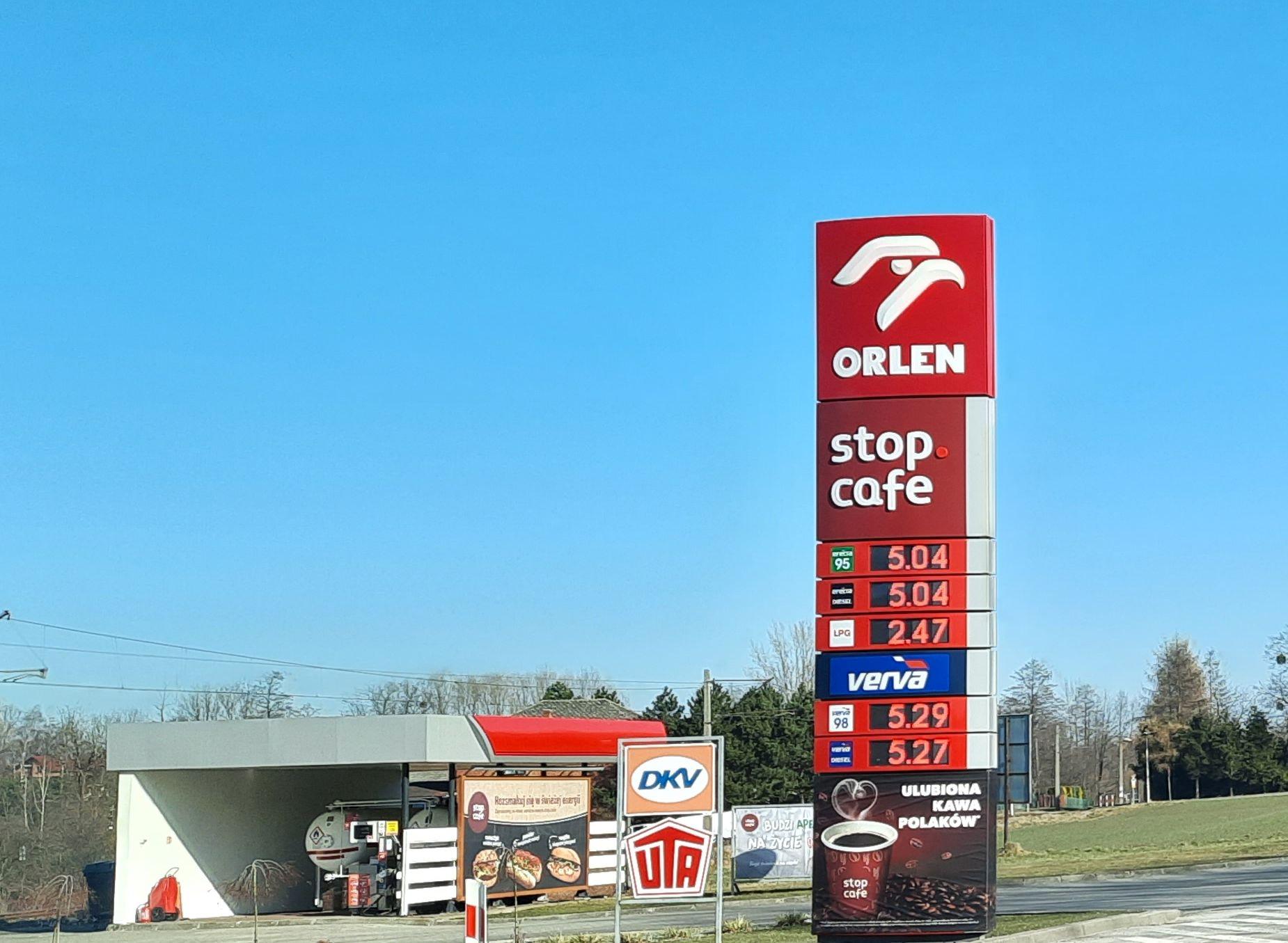 Magiczna granica przekroczona. Już ponad 5 zł za litr benzyny!